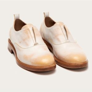 Cool Classic Frye Oxfords